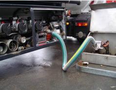 PLC在油库自动卸油中的应用